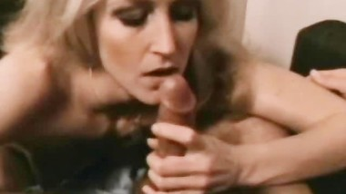 Perfect BJ Blonde Retro MILF