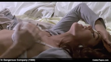 Celebrity Tracy Scoggins Softcore& Erotic Movie Scenes