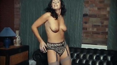 I DANCE YOU WANK 1 - vintage 90's stripping & chatting