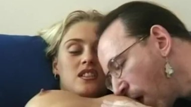 Young amateur masturbates with vibrator