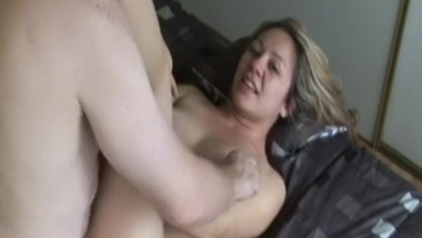 Amateur sucks oldman dick before analsex