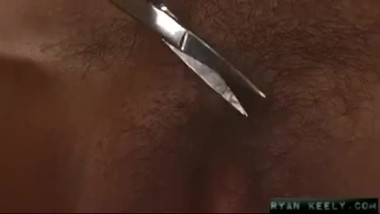Teen Ryan Keely Trimming Her Pubic Hair Naked