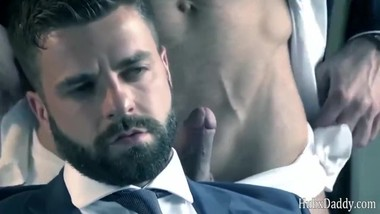 Beard Male manager's sexual temptation
